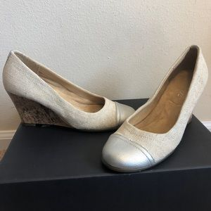 Aerosoles Cork Wedges Burlap Silver Captoe